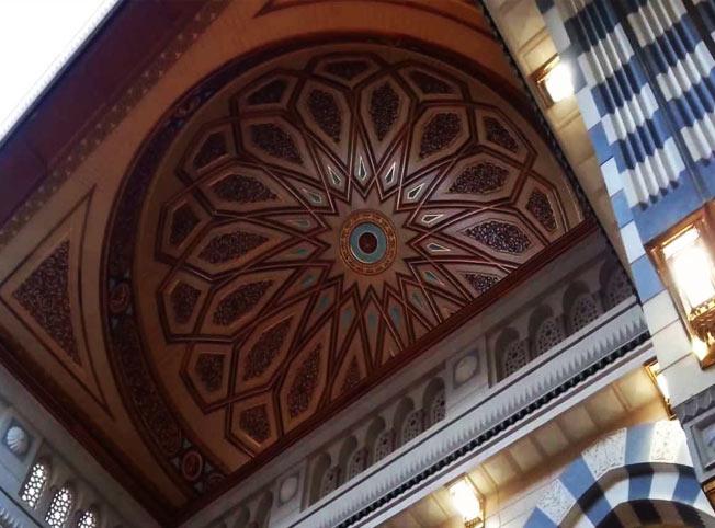 القبة المتحركة في المسجد النبوي